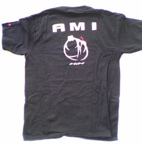 4B Tシャツ